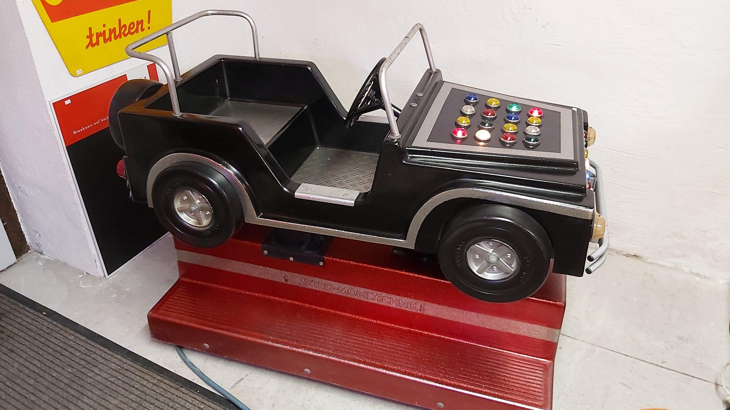 Black Rider Jeep Geländewagen Kiddy Ride mit 1€ Einwurf